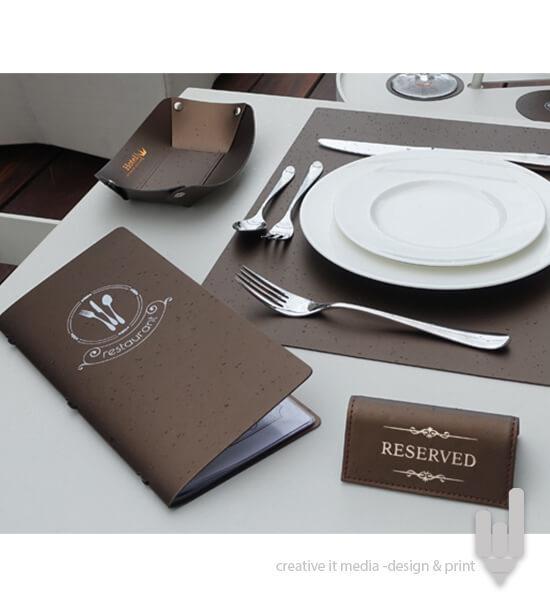 semn-rezervat-masa-restaurant